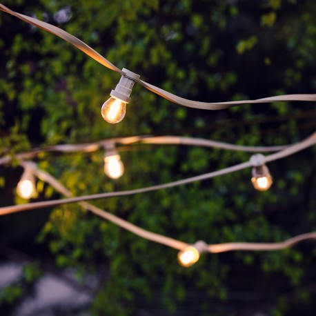 White festoon lighting chain